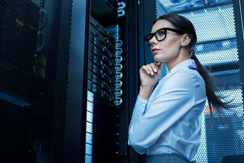 Pensando frente a servidores de la empresa