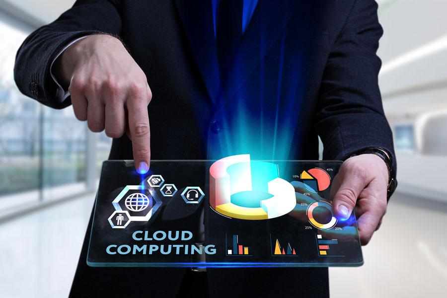 Ilustración profesionales cloud computing.